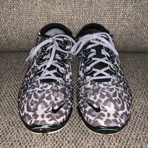 Nike 5.0 TR Connect 2 cheetah sneakers